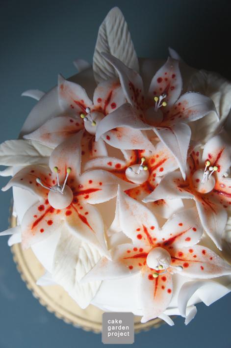 Lilium-cake
