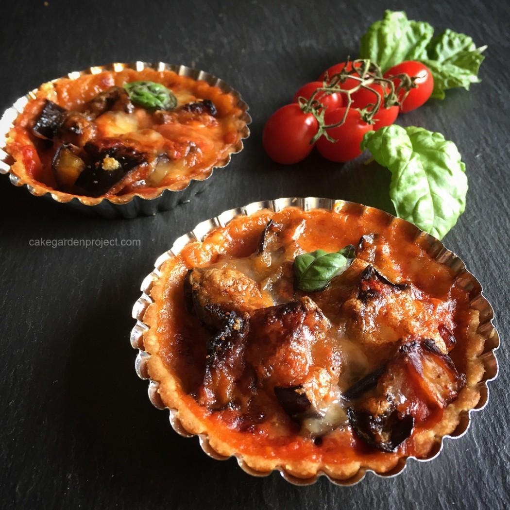 crostatina di parmigina di melanzane