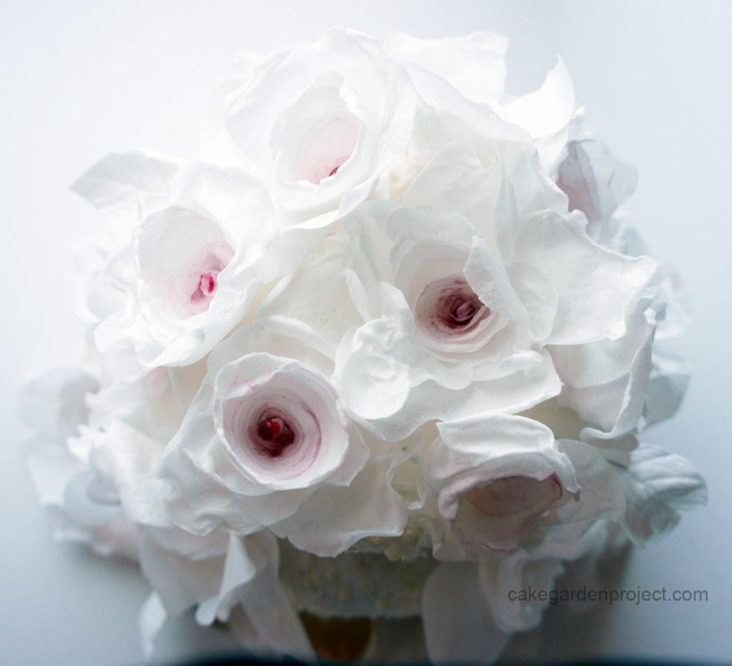 torta di rose con composta di fragole