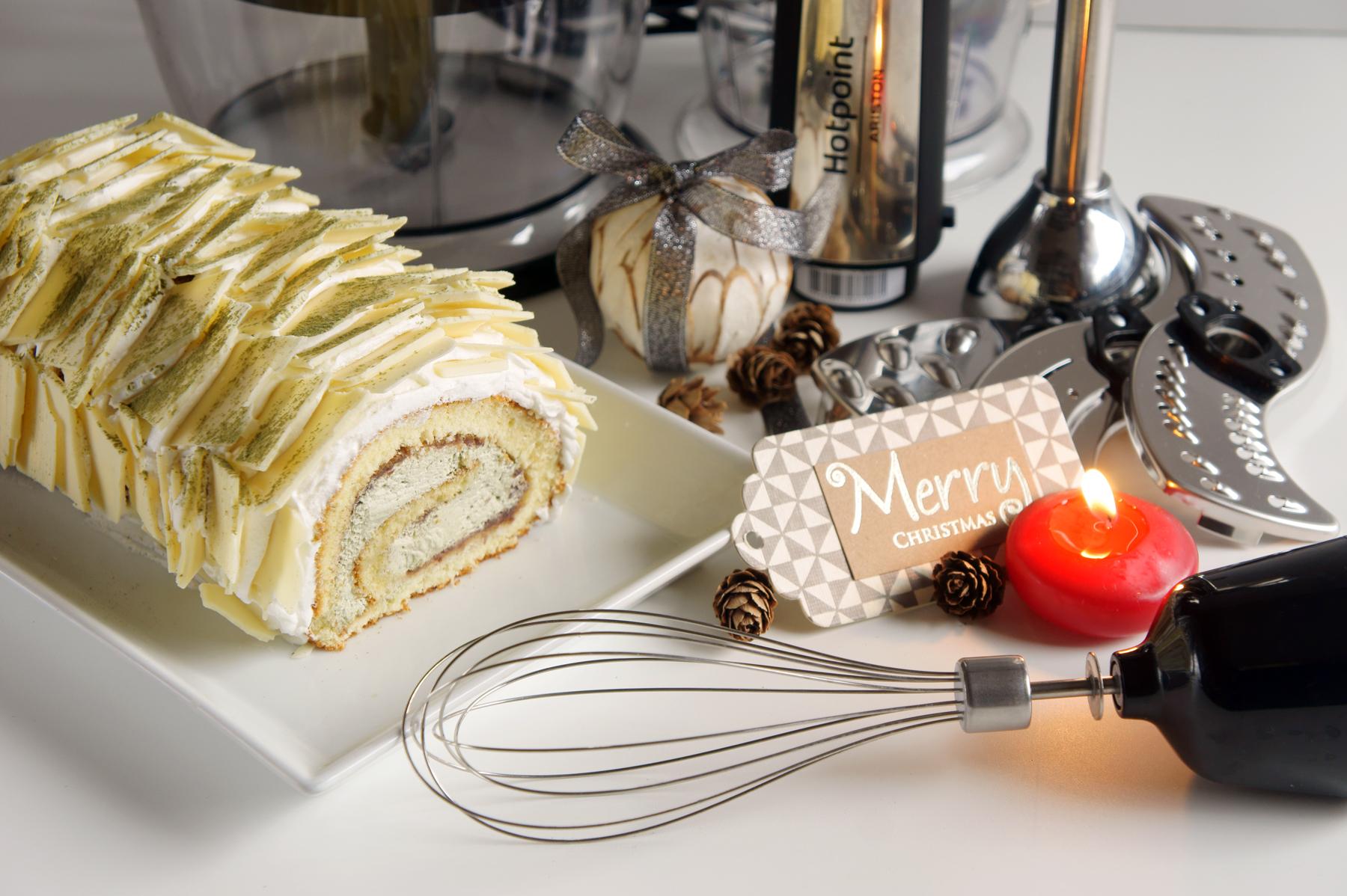 Tronchetto Bianco Di Natale.Tronchetto Di Natale Al The Matcha Con Scaglie Di Cioccolato Bianco