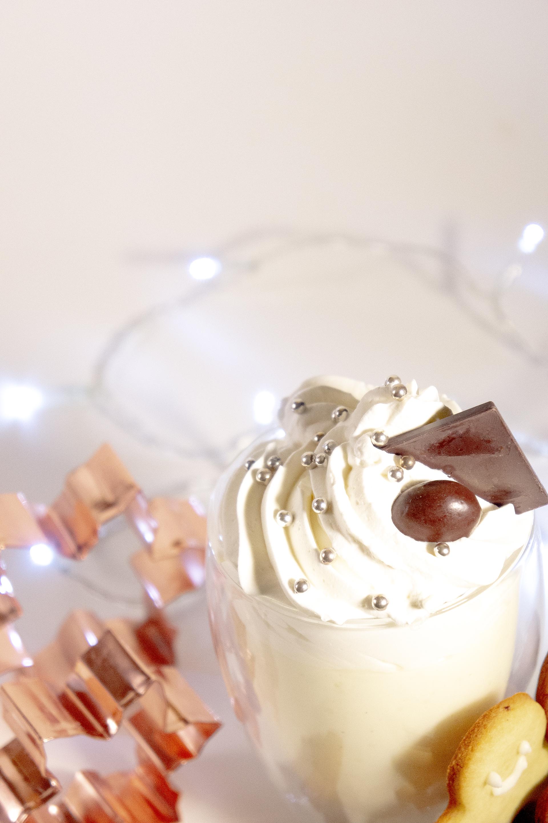 cioccolata-bianca-con-panna