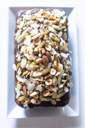 plum-cake-variegato-con cioccolato-e-frutta-secca